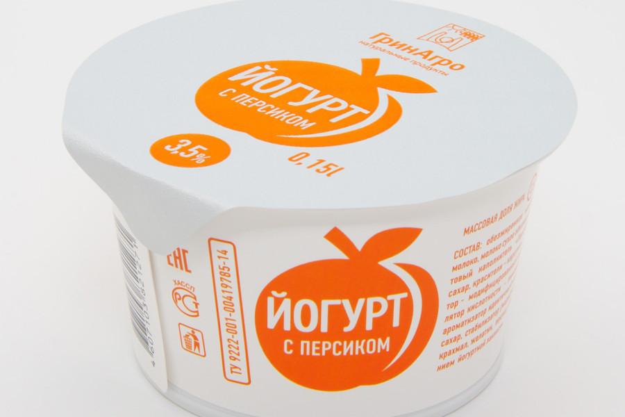 Десертный йогурт с персиком