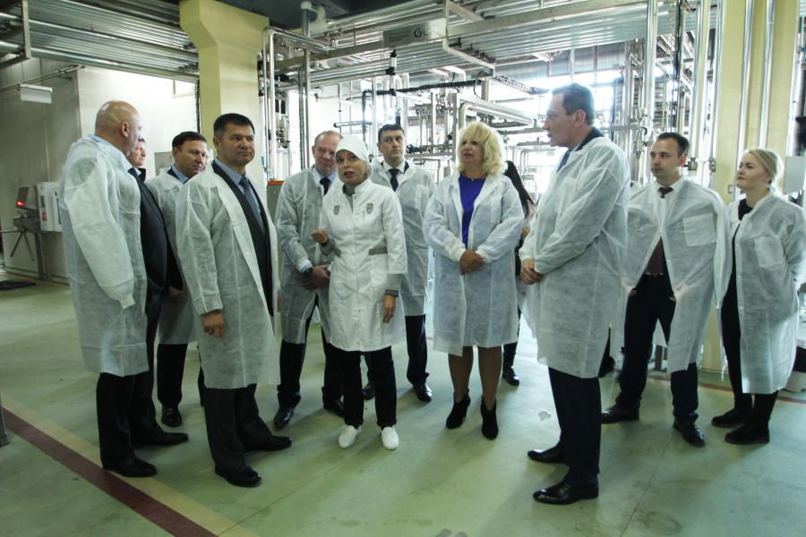 Андрей Тарасенко посетил гормолокозавод «Артёмовский»